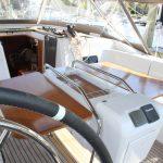Jeanneau 519 cockpit